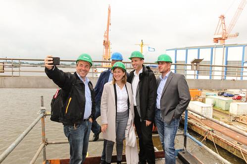 Mit Johann Saathoff MdB, Siemtje Möller MdB und Matthias Arends MdL habe ich die Emder Werft und Dock besucht.
