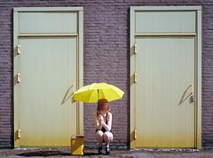 Mellow / Pentax 67 / Ektar 100 (martin wilmsen) Tags: pentax67 pentax film analog mediumformat 6x7 kodak ektar100 kodakektar model yellow umbrella location shoot dutchpeople netherlands dslrscan