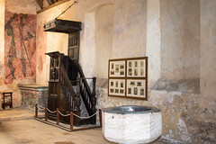St. Leonard's Chapel at Farleigh Hungerford Castle (Keith now in Wiltshire) Tags: castle farleighhungerford somerset chapel gradeilisted scheduled ancient monument english heritage mural painting saintgeorge pulpit font indoor interior building architecture dragon