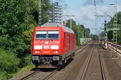 P1890410 (Lumixfan68) Tags: eisenbahn loks baureihe 245 dieselloks bombardier traxx multiengine mehrmotorloks deutsche bahn db syltshuttle