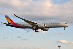 HL7771 A350-941 Asiana (eigjb) Tags: london heathrow airport egll lhr jet transport airliner aviation aircraft airplane plane spotting 2019 aeroplane hl7771 a350941 asiana korean airlines a350 airbus