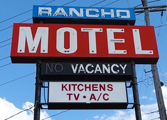 AB, Medicine Hat-TC 1 Rancho Motel Neon Sign
