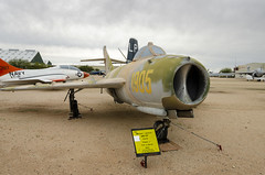 Mikoyan Gurevich MIG 17F (rschnaible) Tags: pima air space museum outdoor aircraft airplane military vehicle transportation history historic mikoyan gurevich mig 17f
