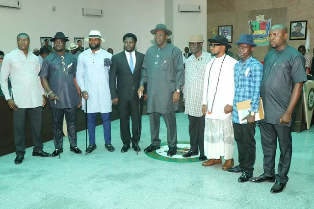 HSDickson - His Excellency The Gov. Henry Seriake Dckson Swears in New Chairmen and Thier Vice of the 8 LGA. Bayelsa