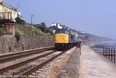 Sea Wall Peak (Kernow Rail Phots) Tags: 45063 peak class45 45 dawlish sea wall wednesday 27th auguast 1980 1980s 2781980 0632 leeds paignton express passenger train trans railroad railroads railways railway br britishrail devon sunny summer scenic water beaches sky bluegrey mk1 coaches track uk britain