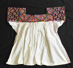 Otomi Blouse Mexico Blusa Textiles Hidalgo (Teyacapan) Tags: otomi blusa blouses mexican textiles embroidered ropa clothing sanpablito tenangodedoria vestimenta