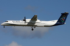 g-jecv dh8d egkk (Terry Wade Aviation Photography) Tags: dh8d egkk oal