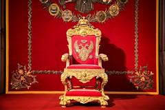 IL trono imperiale dello Zar... (Renato Pizzutti) Tags: russia hermitage museo oro rosso giallo preziosi saladeltrono spietroburgo nikond750 renatopizzutti