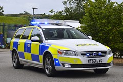 WF63 LVO (S11 AUN) Tags: devon cornwall police volvo v70 d5 anpr video equipped rpu roads policing unit traffic car 999 emergency vehicle wf63lvo