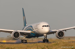 Boeing 787-9 Oman Air (Moments de Capture) Tags: boeing 7879 b787 787 omanair a40si aircraft plane avion aeroport airport spotting lfpg cdg roissy charlesdegaulle onclejohn canon 5d mark3 5d3 mk3 momentsdecapture