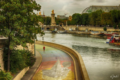 Lonely Runner (JuliSonne) Tags: paris runner sport seine