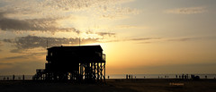 St Peter Ording (petra.foto busy busy busy) Tags: sanktpeterording nordsee strand sonnenuntergang schleswigholstein silhouette germany abendlicht abendstimmung fotopetra canon eosrp
