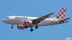 Volotea-Airbus A319-112 REG:EC-NBC (LUZ.GR) Tags: greece athens athensinternationalairport airbus a319 airbusa319 volotea ecnbc