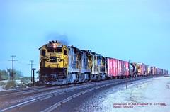 ATSF 8061, wb mp619, Fenner, CA. 1-27-1980 (jackdk) Tags: train railroad railway locomotive ge gelocomotive c307 gec307 standardcab fallenflag santafe atsf fenner fennercalifornia 8061 santafe8061 atsf8061 westbound freighttrain freight