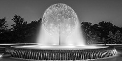 Gus Wortham Memorial Fountain - Night Fountain (Mabry Campbell) Tags: eleanortinsleypark gusworthammemorialfountain harriscounty houston tx texas usa unitedstatesofamerica abstract blackandwhite fineart fineartphotography fountain image infrared lensbaby lensbabycomposerpro nopeople photo photograph photography sculpture water f71 mabrycampbell july 2015 july222015 20150722h6a8256 24mm 32sec 100 tse24mmf35lii