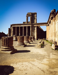 Pompeii (5) (kingu_y) Tags: napoli naples italy italian europe travel flickr photo pompeii ruins volcano vesuvius archaeology samsung s9 phone smartphone