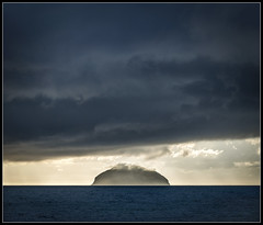 228/365 Heavy skies over Ailsa Craig. (B Ryder) Tags: sony a6300 1650mm ailsa craig south ayrshire scotland girvan clouds sea volcanic 365 project