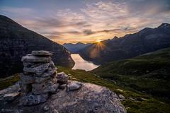 Strahlungswärme (sMäc) Tags: sunrise zervreilahorn berge hiking valsertal sonnenaufgang wandern mountains zervreila alpen vals