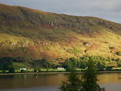 Early morning view over Loch Linnhe from our B&B in Fort William. Scotland. (elsa11) Tags: scotland scottishhighlands fortwilliam lochlinnhe mountains uk unitedkingdom sunrise lake loch