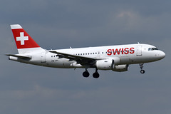 HB-IPT Swiss International Air Lines Airbus A319-112 at London Heathrow Airport on 3 August 2019 (Zone 49 Photography) Tags: aircraft airliner aeroplane august 2019 london england egll lhr heathrow airport lx swr swiss international airlines airbus a319 319 100 112 hbipt