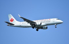 C-FUJA ERJ175 Air Canada Express (corrydave) Tags: 17000272 erj erj175 embraer aircanada boston cfuja
