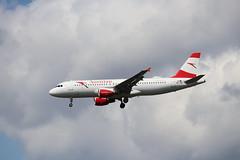 Austrian OE-LBR LHR 05/08/19 (ethana23) Tags: planes planespotting aviation avgeek aeroplane aircraft airplane airbus a320 austrian