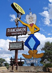 AB, Medicine Hat-TC 1 Ranchmen Motel Sign