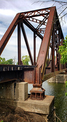 Bridge in Franklin, OH (Randy Durrum) Tags: bridge railroad truss franklin ohio oh rusty great miami river water durum samsung s9 plus