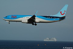 TUI B737 G-TAWL (Adrian.Kissane) Tags: ship landing aviation flight flying arriving sky outdoors 737 boeing airline airliner jet plane aircraft aeroplane 37243 792017 b737 gtawl lanzarote tui