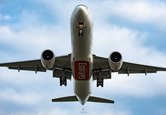 R_DSC_3652 (ViharVonal) Tags: emirates boeing 777 nikon tamron photography photo budapest hungary spotters aviation
