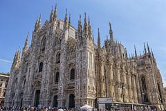 Toda una catedral gótica la de Milán (lebeauserge.es) Tags: plaza italia ciudad duomo edificio catedral iglesia milano milán