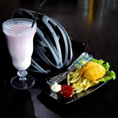 Mozarella Nugget & Yogurt @ KPBS