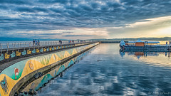 Awww...Ogden Point Breakwater. (Picture-Perfect Spaces) Tags: august dallasroad ogdenpoint vancouverisland victoria evening summer sunset breakwater scenic beautifulsky calming peaceful people walking