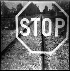 Stop (Foide) Tags: doubleexposure svema experimentalfilm expired stop rail