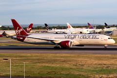 Virgin Atlantic | Boeing 787-9 | G-VFAN | London Heathrow (Dennis HKG) Tags: aircraft airplane airport plane planespotting canon 7d 70200 london heathrow egll lhr virginatlantic virgin vir vs boeing 787 7879 boeing787 boeing7879 dreamliner gvfan
