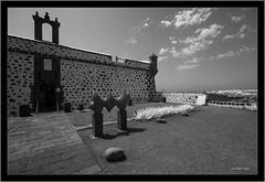 Lanzarote, Castillo de San José (Dierk Topp) Tags: a7r bw ilce7r ir sony1635mmvariotessartfef4zaoss sonya7rir canaryislands infrared islascanarias lanzarote monochrom sw sony