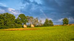 2 kleine Häuschen (markusgeisse) Tags: regenbogen rainbow wolken clouds bäume trees wiese meadow campground campingplatz edersee sauerland grün bunt landschaft landscape nature