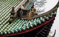 WornDragon.jpg (Klaus Ressmann) Tags: omd em1 china klausressmann moganshanmountain roof winter acient architecture flicvarious residence omdem1