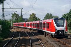 P1890404 (Lumixfan68) Tags: eisenbahn züge triebzüge baureihe 490 et bombardier sbahn hamburg vollzug deutsche bahn db