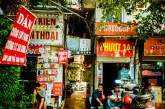 Ha Noi on film (Thanathip Moolvong) Tags: yashica kodak color plus 200 negative film hanoi vietnam