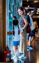 DSC09818 (CasaDeAM) Tags: girls portrait women sony departmentstore wife 135mm a9 135gm hair taiwan taichung