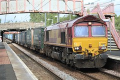 WHIFFLET 66207 (johnwebb292) Tags: whifflet diesel class 66 66207 ews