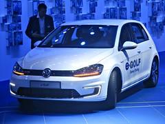 399 Volkswagen eGolf (7th Gen) (2015) (robertknight16) Tags: volkswagen german germany 2010s golf egolf frankfurt frankfurt2015