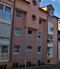 Neunkirchen (micky the pixel) Tags: house building window germany deutschland fenster haus gebäude saarland neunkirchen heizengasse architektur säule