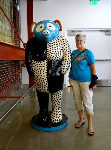 Catherine next to Kaneko sculpture