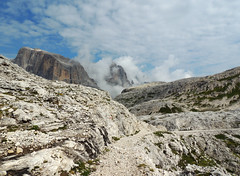 Altopiano delle Pale - 11 (antonella galardi) Tags: trentino trento 2019 pale altopiano sanmartinodicastrozza escursione escursionismo trekking hiking dolomiti dolomites sentiero 756 gares