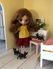 "BaD ""Broken Doll"" August 17, 2019 (Foxy Belle) Tags: petite blythe doll dollhosue lundby 118 cats kittens scrapbook paper white floor yellow red vintage bedroom flowers brokendollbadaugust17 2019 toys miniature house daisies daisy plant flower wooden wood hard"