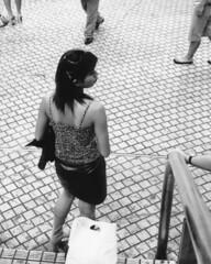 The centre of the world (lebre.jaime) Tags: japan 日本 tokyo 東京都 shibuya 渋谷 people streetphotography conceptual analogic film135 blackwhite bw nb noiretblanc pb pretobranco contax g2 carlzeiss planar 2045 epson v600 affinity affinityphoto