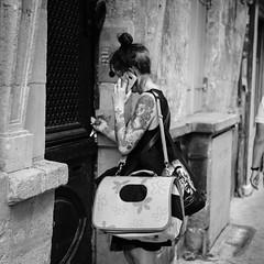 DSCF2800 (LexomIA) Tags: bordeaux street urbain bw nb streetphotography
