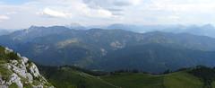 Blauberge-Panorama (bookhouse boy) Tags: 2019 19juli2019 berge mountains alpen alps bayerischevoralpen rosstein tegernseertal kreuth tegernseerhütte sonnbergalm altweibersteig